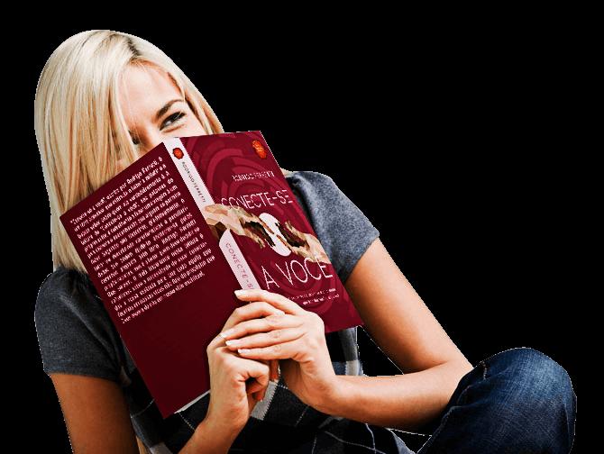 conecte mulher segurando livro